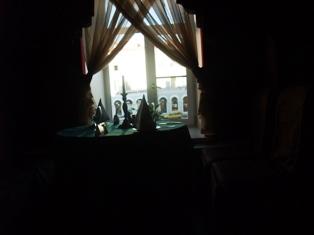 bungakucaffe ja ikkuna.jpg
