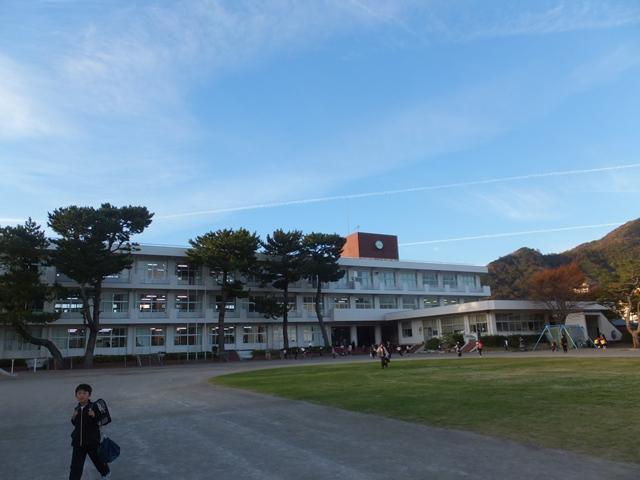 matsuzakisyougakkou2.jpg