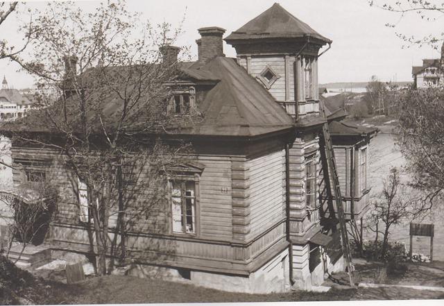歴史的情景シベリウスヘルシンキの住まい.jpgmini.jpg